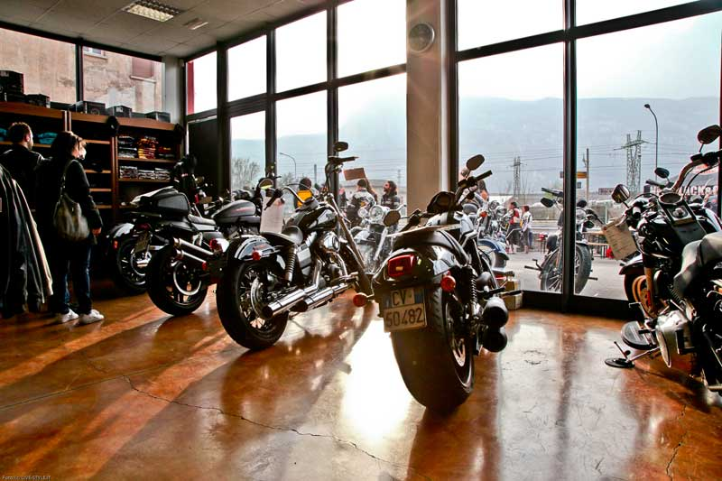 HARLEY OPEN DAY TRENTO 2012 – New Black e Orange (21)